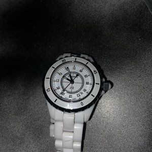 Chanel j12 watch unisex adult